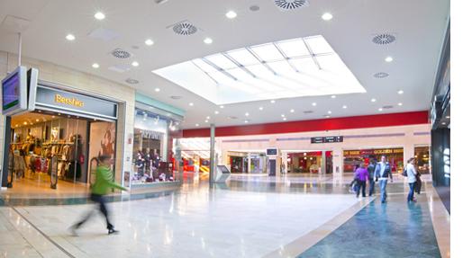 Uso-de-LED-en-centros-comerciales